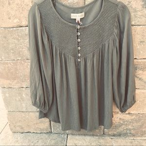 Knox Rose olive green peasant top size small